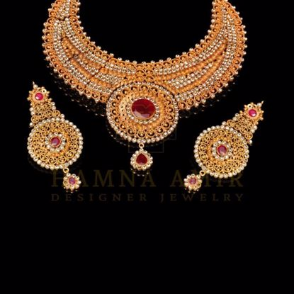 Picture of Gold filigree ruby set