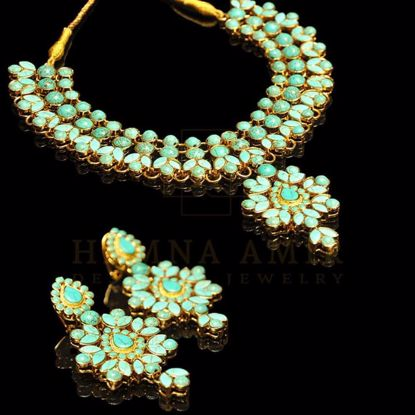 Picture of Floral bridal set with feroza