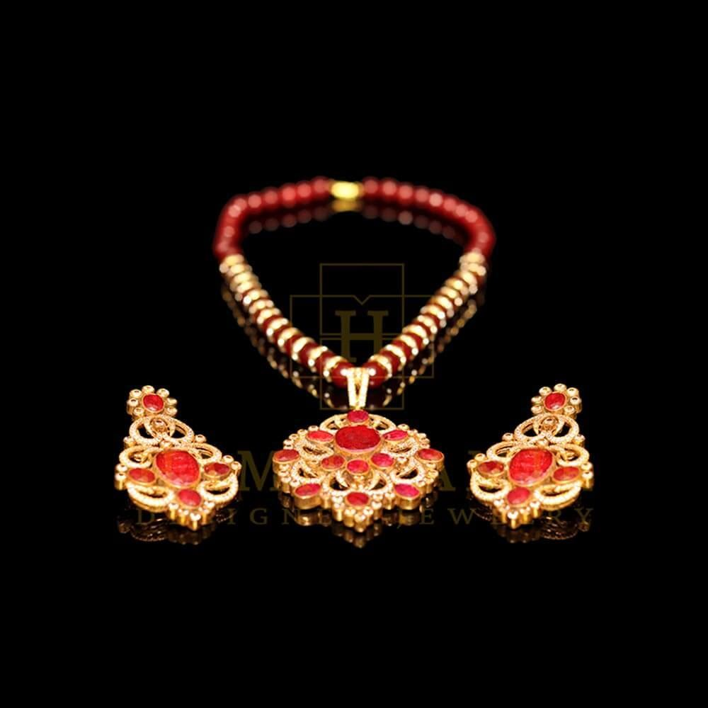 Picture of Ruby pendant set