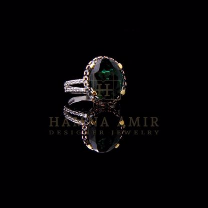 Picture of American zircon rings (a)