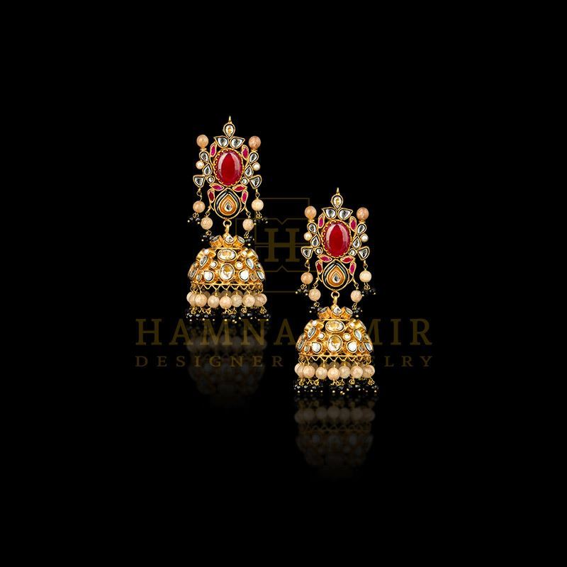 Picture of Kundan jhumkas with black onyx and aqeeq