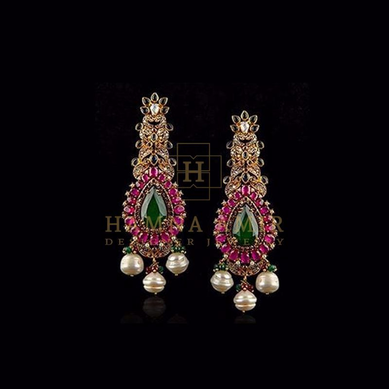 Picture of Onyx and rubies earrings