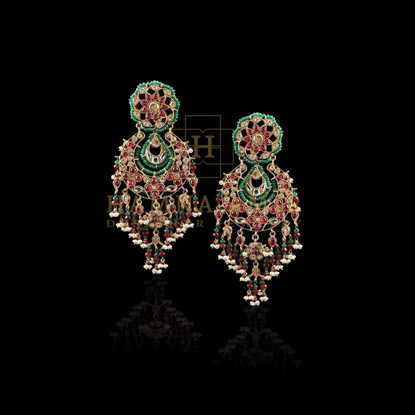 Picture of Chaand baalay with emeralds